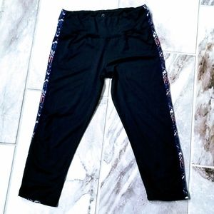 Threads 4 Thought Crop leggings NWOT
